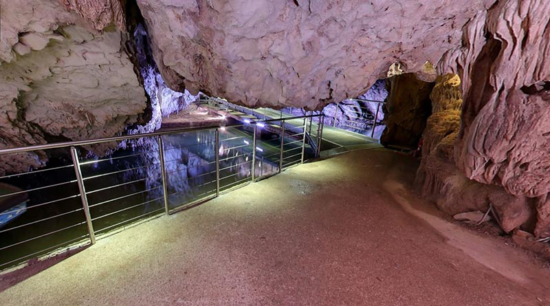impianto-gestione-luci-led-grotte-pertosa